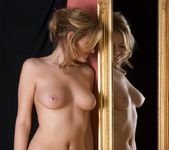 Mirror - Michaela - Femjoy 11