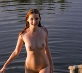 The Lake House - Vada 13