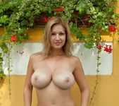 Secret Love - Karol - Femjoy 4