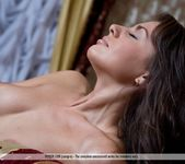 Royal Red - Alannis - Femjoy 2