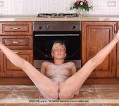 Fun In The Kitchen - Amalia C. 16