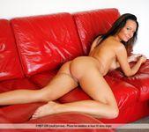 Model - Kaya - Femjoy 5