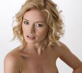 Flawless - Gabi - Femjoy 14