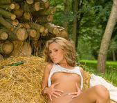 Zuzana Zeleznovova - BumbleGirls 23