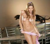 Triana Iglesias - BumbleGirls 12