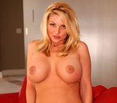 Wendy Russell - BumbleGirls 4