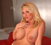 Wendy Russell - BumbleGirls 14