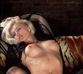 Slavomira Boskova - BumbleGirls 13