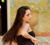 Laura Perez - BumbleGirls 19