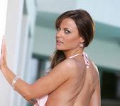 Jasmine Sinclair - BumbleGirls 8