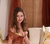Veronica Strakova - BumbleGirls 10