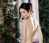 Laura Grillo - BumbleGirls 9