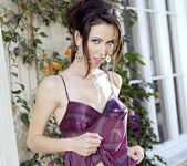 Laura Grillo - BumbleGirls 17