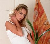 Katerina Jay - BumbleGirls 11