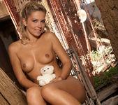 Jenni Blue - BumbleGirls 18