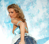 Cloe Jane - BumbleGirls 3