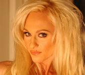 Chrissy Sparks - BumbleGirls 15
