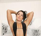 Monica Santhiago - Jules Jordan 12