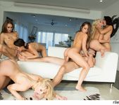 Riley Reid & Friends Reverse Gangbang 20
