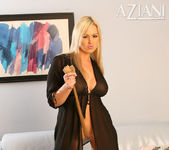 Abbey Brooks - Aziani 4
