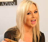 Abbey Brooks - Aziani 11