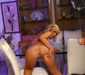 Jessica Lynn - Aziani 7