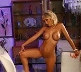 Jessica Lynn - Aziani 8