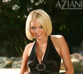 Hannah Hilton - Aziani 3