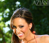 Tiffany Brookes - Aziani 2