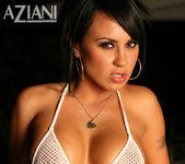Mariah Milano - Aziani 3