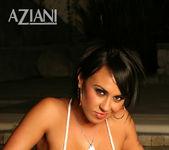 Mariah Milano - Aziani 6