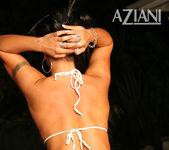 Mariah Milano - Aziani 11