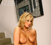 Brooke Belle - Aziani 7