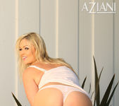 Abbey Brooks - Aziani 7