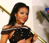Maya Gates - Aziani 5
