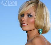 Hannah Hilton - Aziani 9