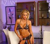Brooke Belle - Aziani 2
