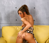 Tiffany Brookes - Aziani 11