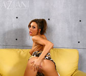 Tiffany Brookes - Aziani 12