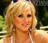 Brooke Belle - Aziani 4