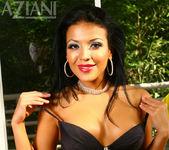Maya Gates - Aziani 2