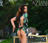 April Blossom - Aziani 4
