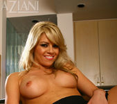 Marlie Moore - Aziani 14