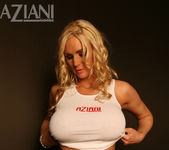 Naughty Allie Chase - Aziani 5