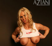 Naughty Allie Chase - Aziani 7