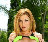 Jamie Lynn in Bikini - Aziani 4