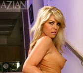 Marlie Moore - Aziani 12
