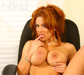 Sienna West - Aziani 15