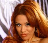 Sienna West - Aziani 16
