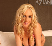 Naughty Allie Chase - Aziani 3